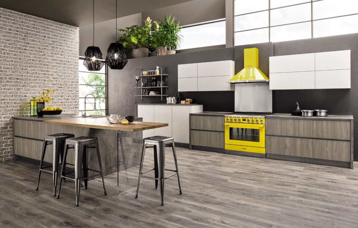 Cucina Mod Primavera In Laminato Effetto Legno Mobil Design It L Arredamento Scontato