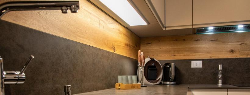 Lo Schienale Della Cucina Mobil Design It L Arredamento Scontato