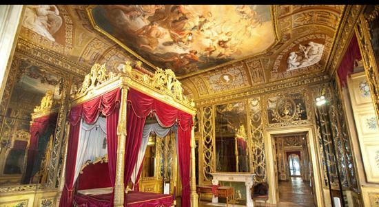 la camera dorata